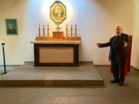 012 am Karl-Leisner-Altar (R.K.)