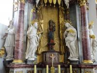 04 Mariae Geburt (Familie Mariens von links Hl. Zacharias, Hl. Joachim, Gnadenbild Fridritt, Hl. Anna, Hl. Elisabeth - Foto: M. Erhard)